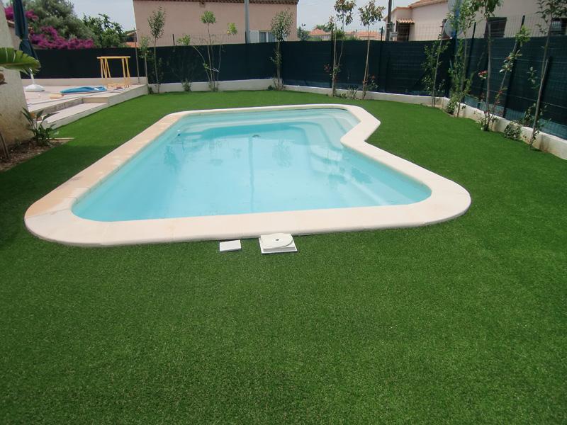 Gazon synthetique pour piscine pas cher