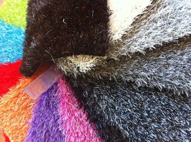 pelouse artificielle de couleur