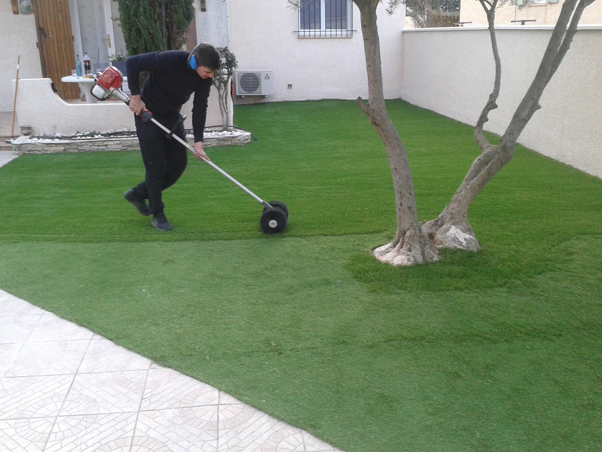 pelouse artificielle installation