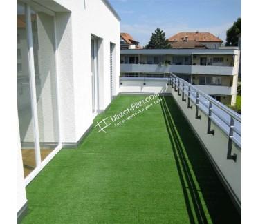pelouse synthetique pour balcon